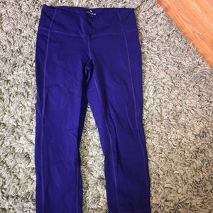 Athleta Crop Legging